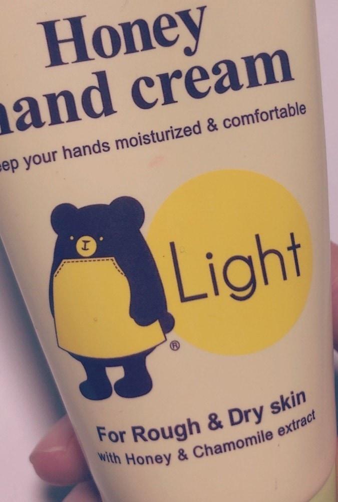 カントリー&ストリーム「ハニーハンドクリーム ライト」はちみつレモンのほのかな香りに癒やされる!